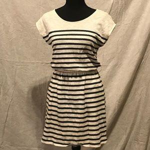XS GAP Navy & Cream Striped Capped Sleeve Dress